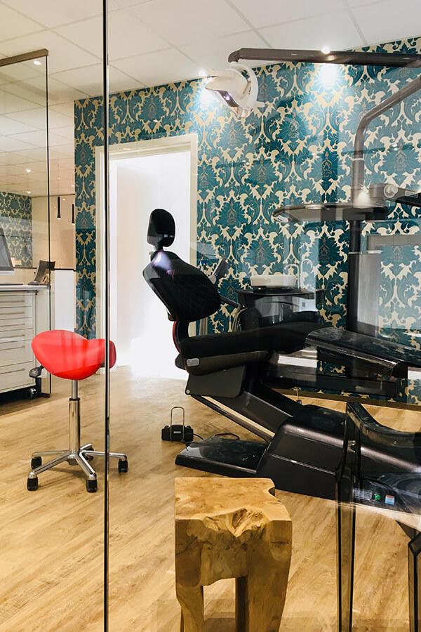 Kieferorthopaedie-Bamberg-Bayreuth-Behandlungszimmer-c